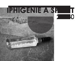 Une-noir-Iphigenie-a-Splott-rond
